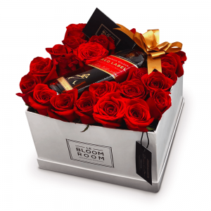 caja de rosas con whisky